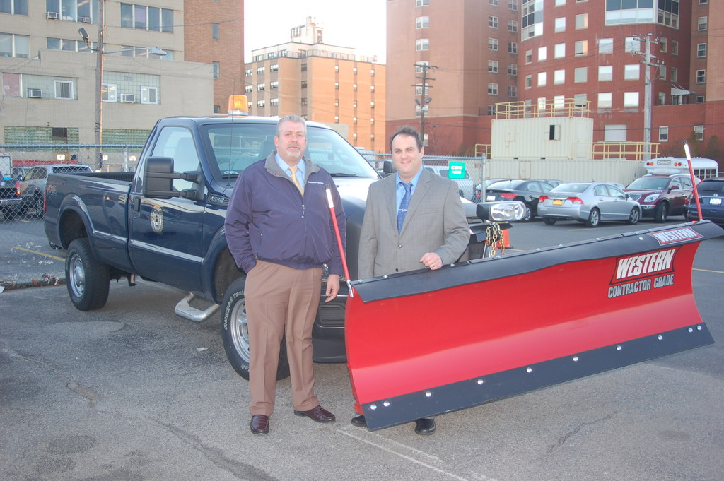 DPW Commissioner Jim LaCarrubba, left, and City Council President Scott Mandel. LaCarrubba said that the city began preparing for the blizzard well in advance.