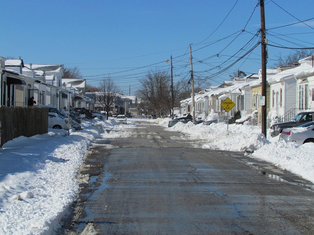Streets were clear by Saturday morning after a snowstorm dumped about nine inches on Valley Stream.