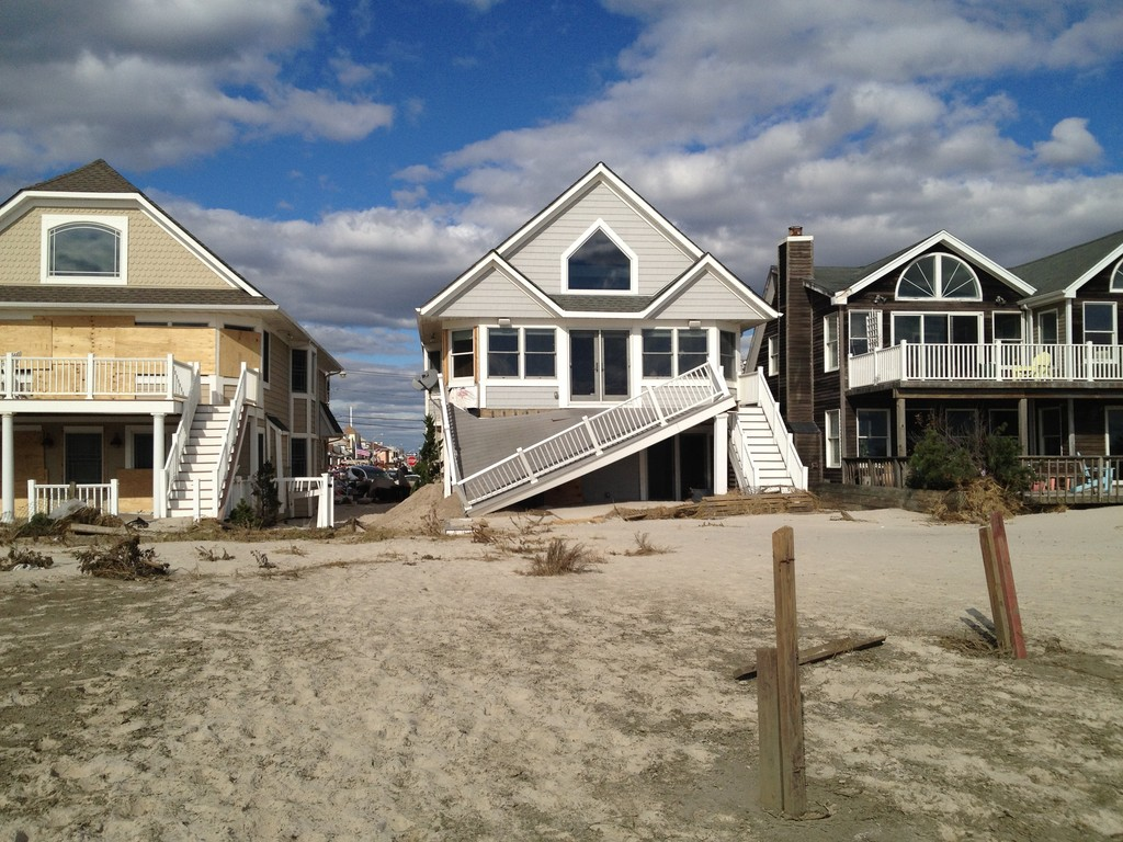 If you are thinking of hiring an attorney post-Hurricane Sandy, it is imperative that you understand the terms of the law firm�s contract .