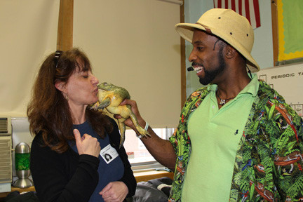 debbie Hermann, event chair and PTA mom, got to kiss the South African bull frog.