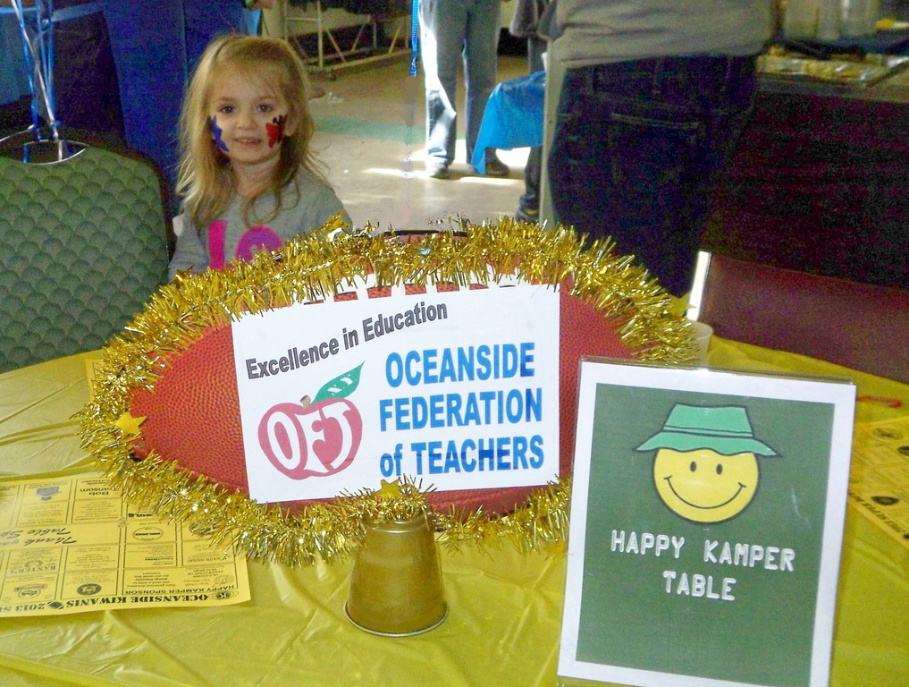 Charlotte Metzker at the OFT-sponsored Happy Kamper table.