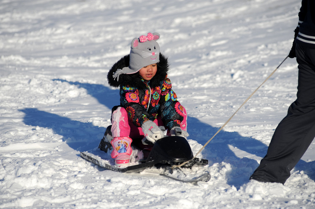 Rihanna Cruz, 4, made sledding look fashionable.