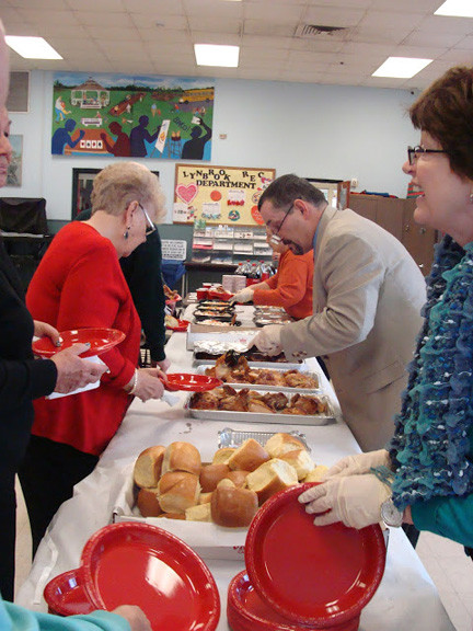 Lynbrook recreation director Pat McDermott and his staff served up a delicious lunch.