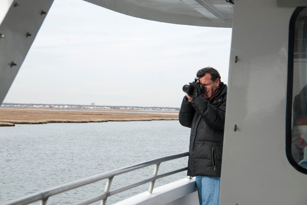 Heralds Publisher Stuart Richner snapped photos of the harbor seals off Jones Beach.