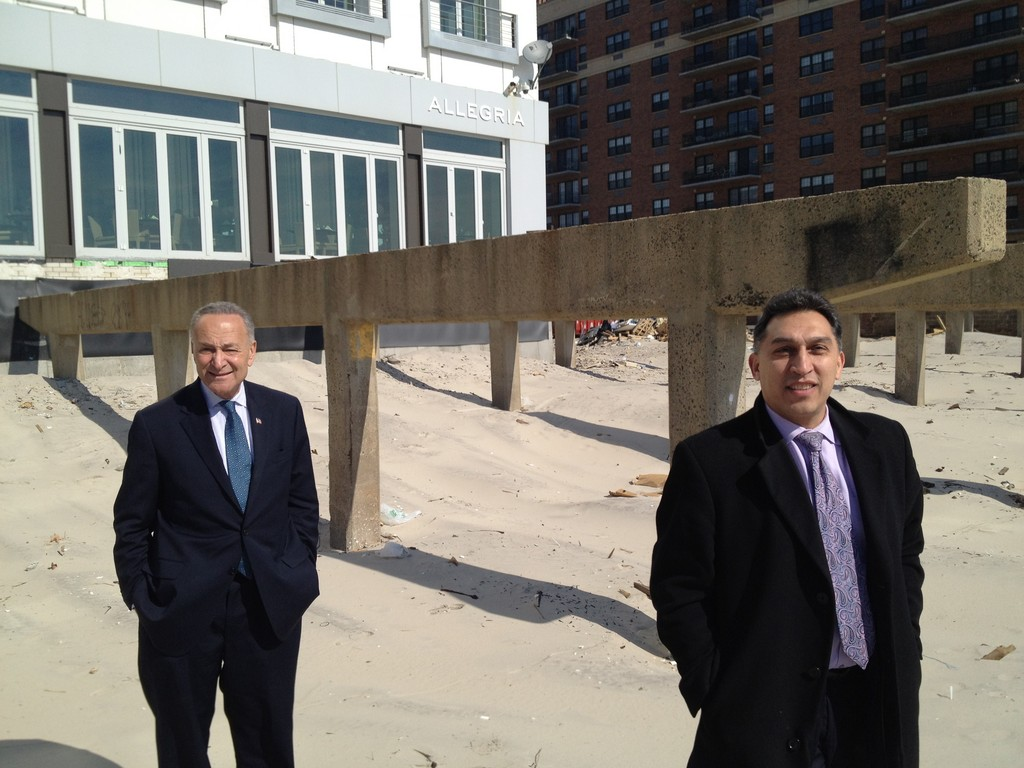 Schumer, left, and Allegria Hotel general manager Nasser Samman, checked out the concrete stanchions.