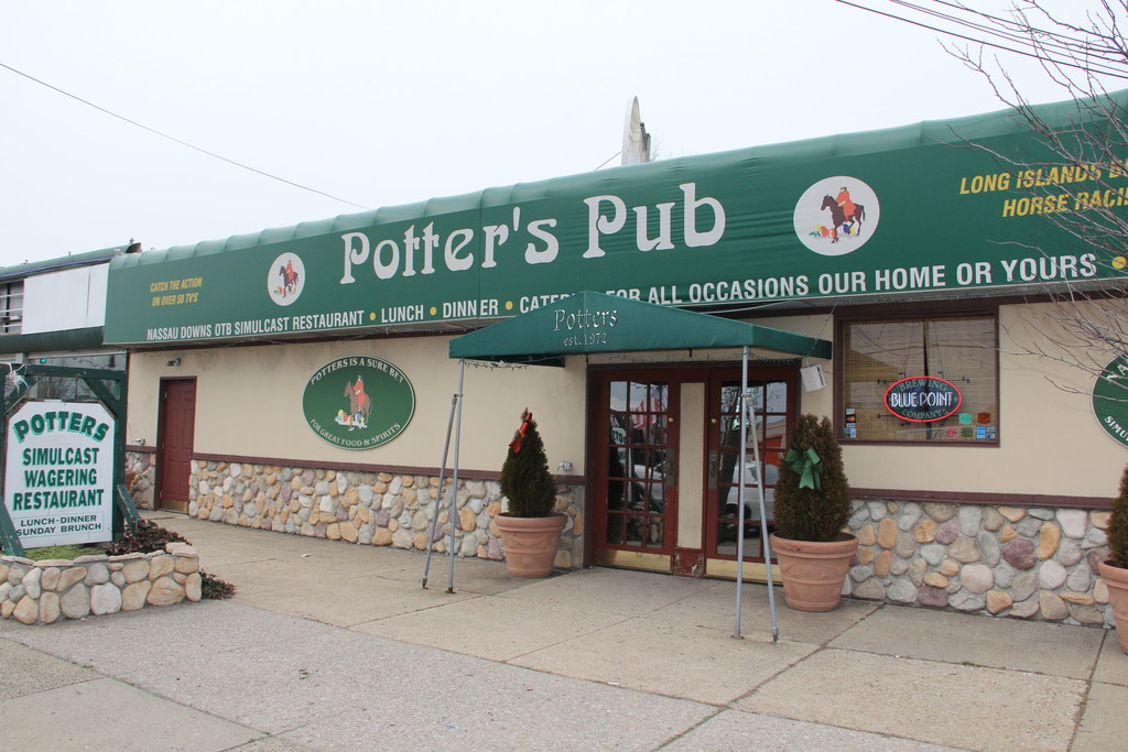 Potter's Pub, which has served East Meadow residents since 1972, will close on Saurday.