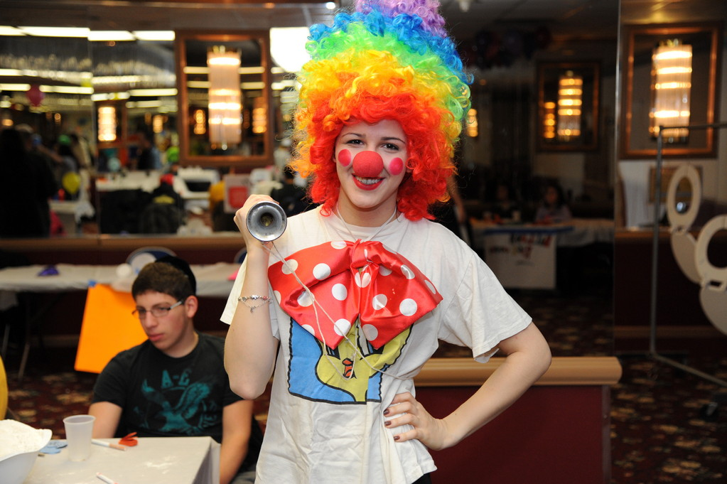 Leora Graberi clowned around at the Purim carnival.