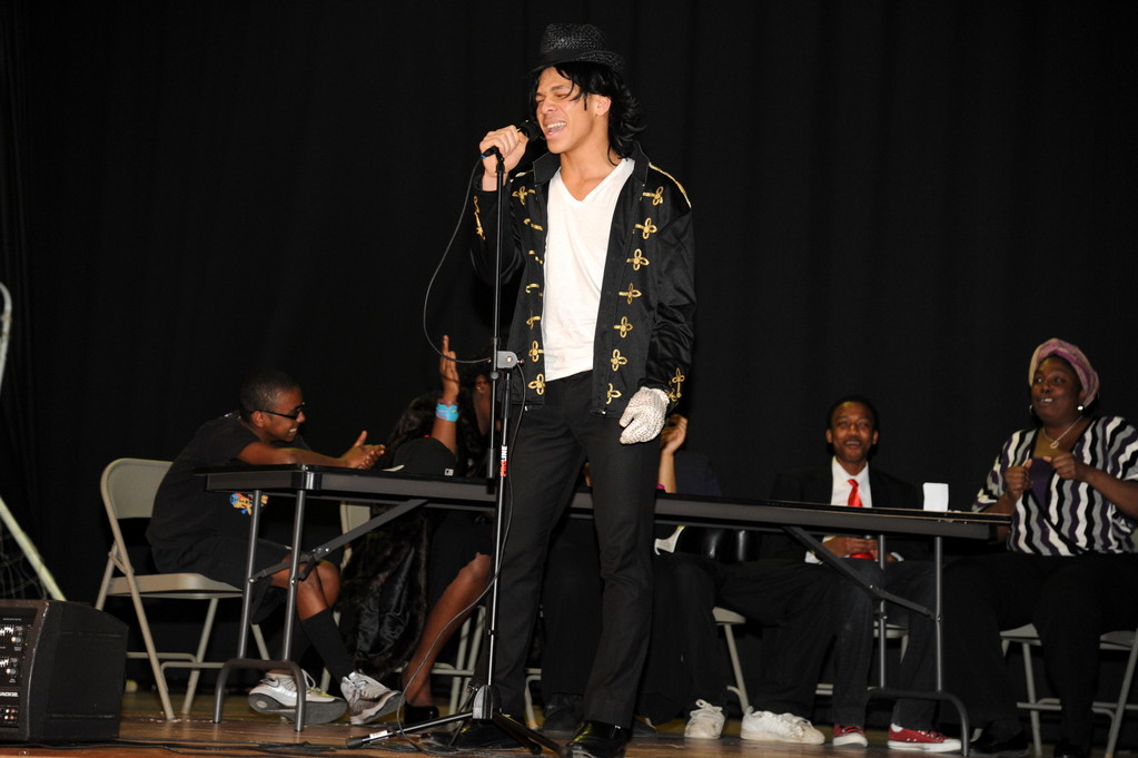 Nzubechukwu Ezihie entertained the crowd with his impersonation of the late pop music superstar Michael Jackson.