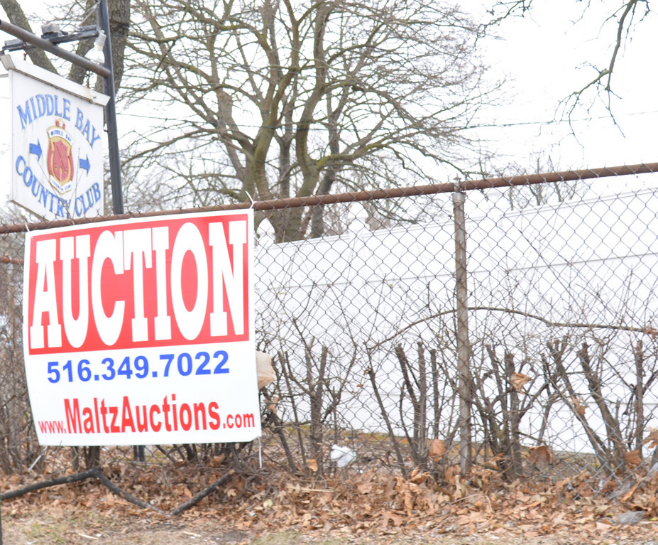 Going, going, Gone Middle Bay Country Club�s lease was scheduled to be auctioned off on Tuesday.