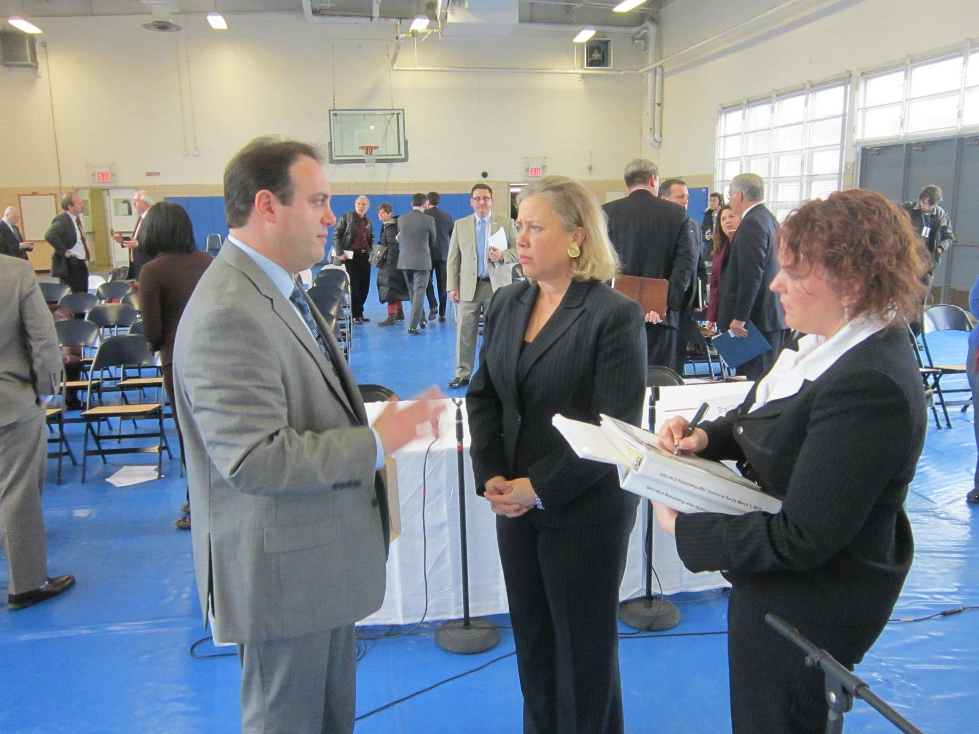 City Council President Scott Mandel spoke with U.S. Sen. Mary L. Landrieu during a Senate Field Hearing in Staten Island last month to evaluate the efforts underway to rebuild after Hurricane Sandy.