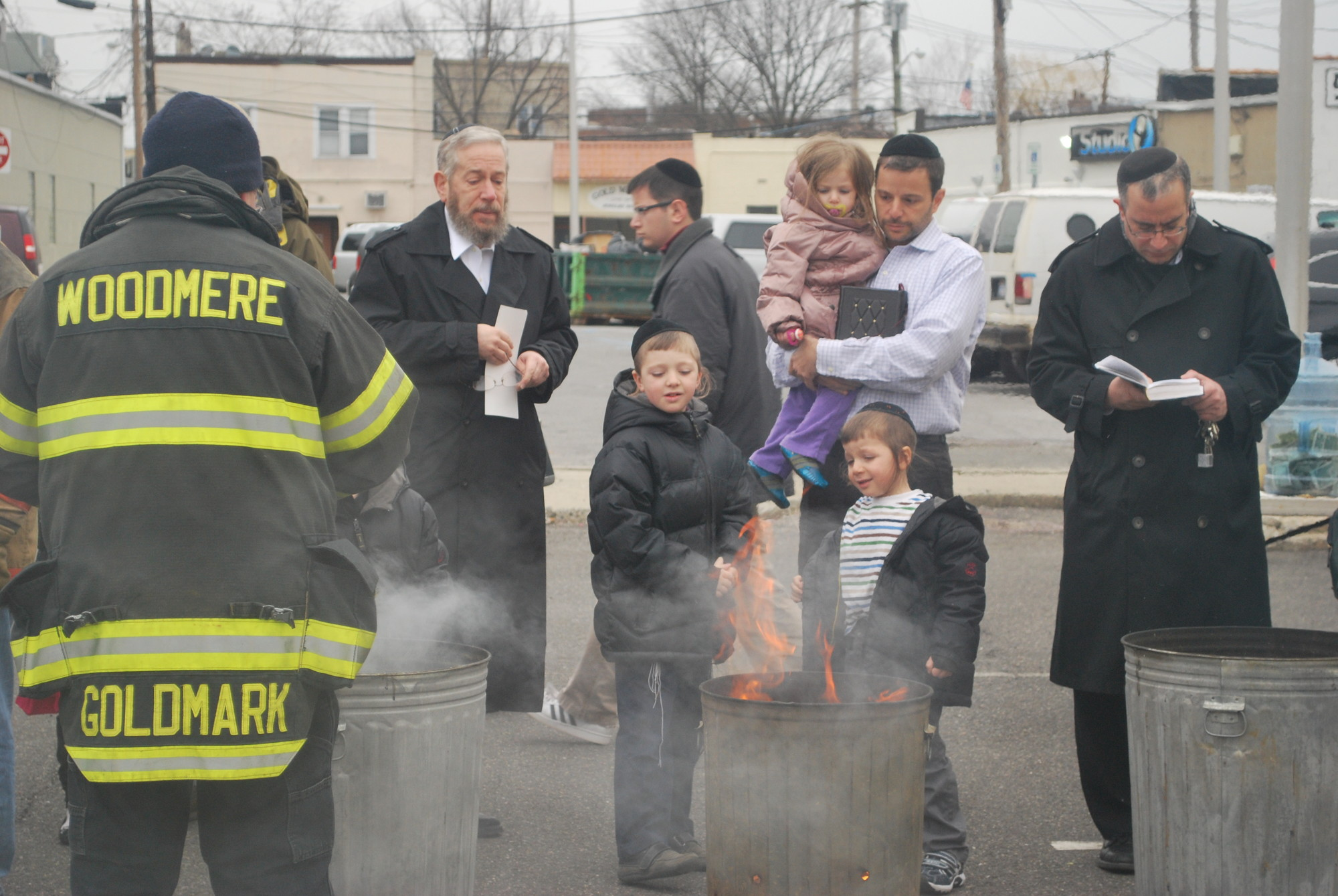 Chometz was burned and observant Jews recited the prayer that accompanies becoming chometz-free.