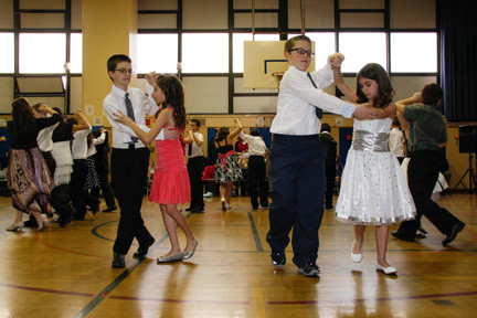 Jacob Butler, Allison Naumov, John McCarthy and Rebecca Testani demonstrated the tango.