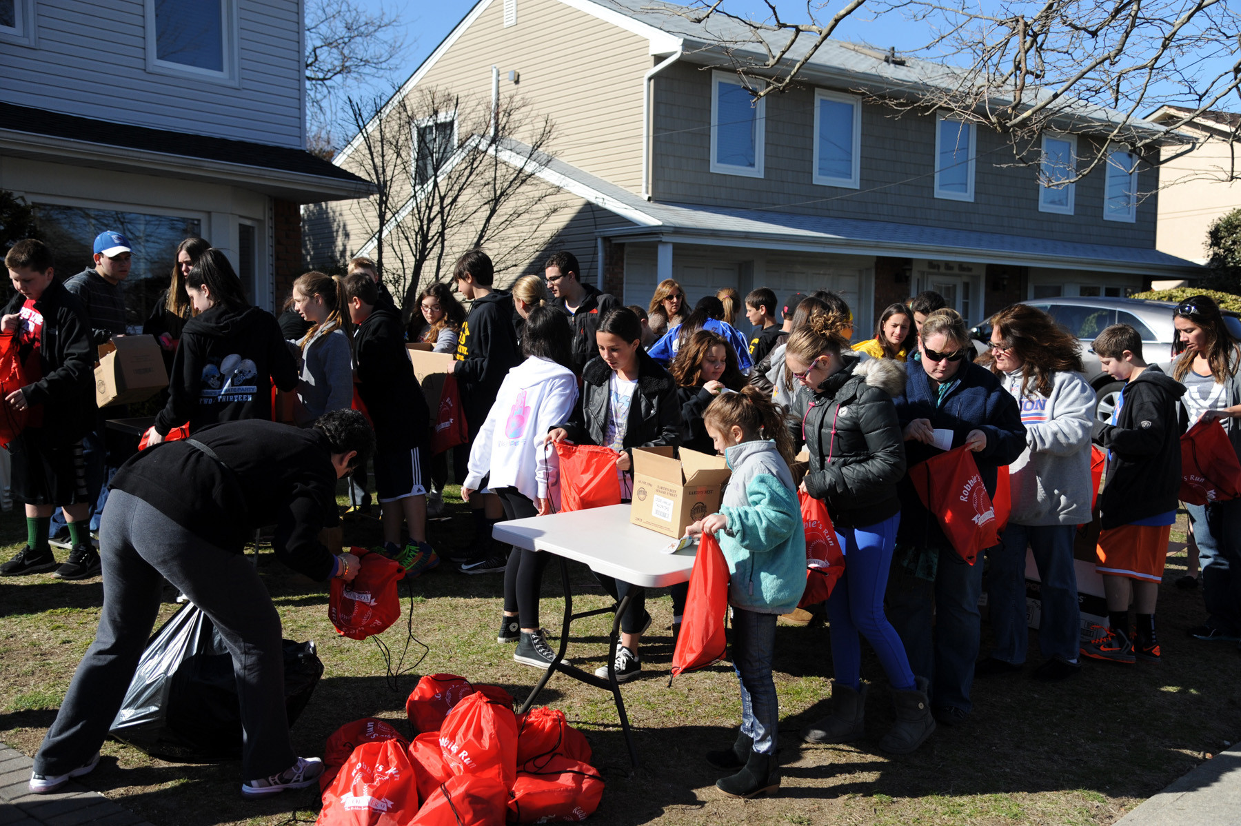 Bellmore-Merrick children and residents packed more than 1,500 goody bags to be given out at Robbie's Run for a Reason.