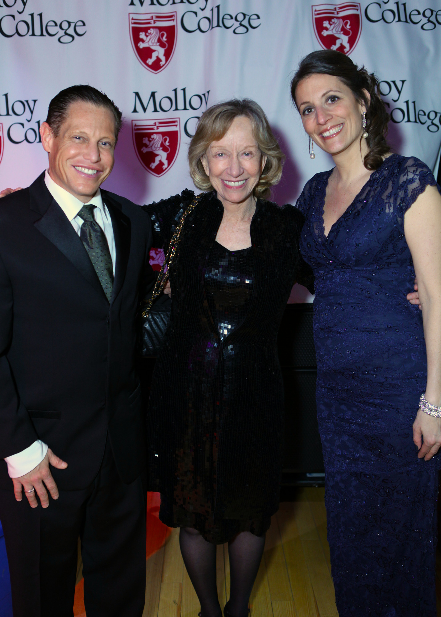 Doris Kearns Goodwin, center, with Gala Co-chairs Tina Rekus and Darren Raymar.