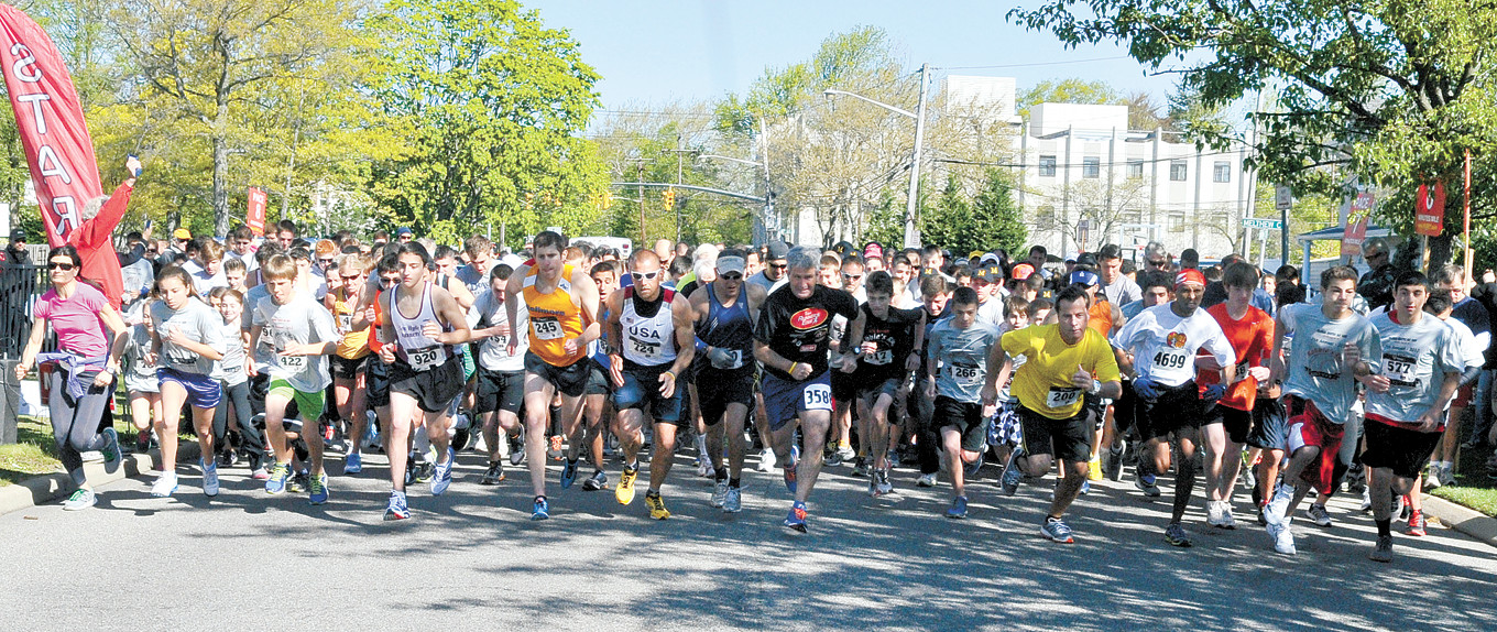 The annual 5K Robbie's Run is set to take place this Sunday at 9:15 a.m. Above, runners took off at the 2012 Robbie's Run.
