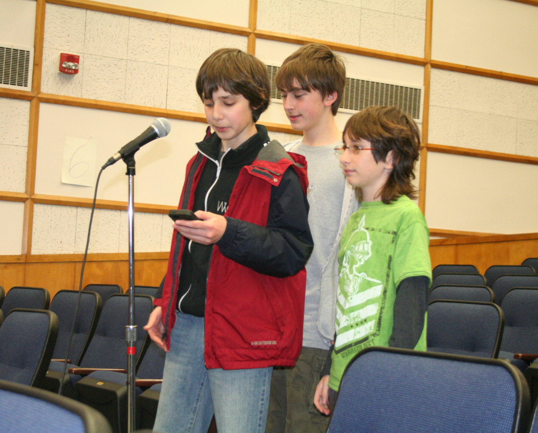 Woodmere Middle School eighth-graders Lenny Khazan, Nate Roblin and Jason Rodolitz thanked the Hewlett-Woodmere board for reinstating the Discovery lunch lab.