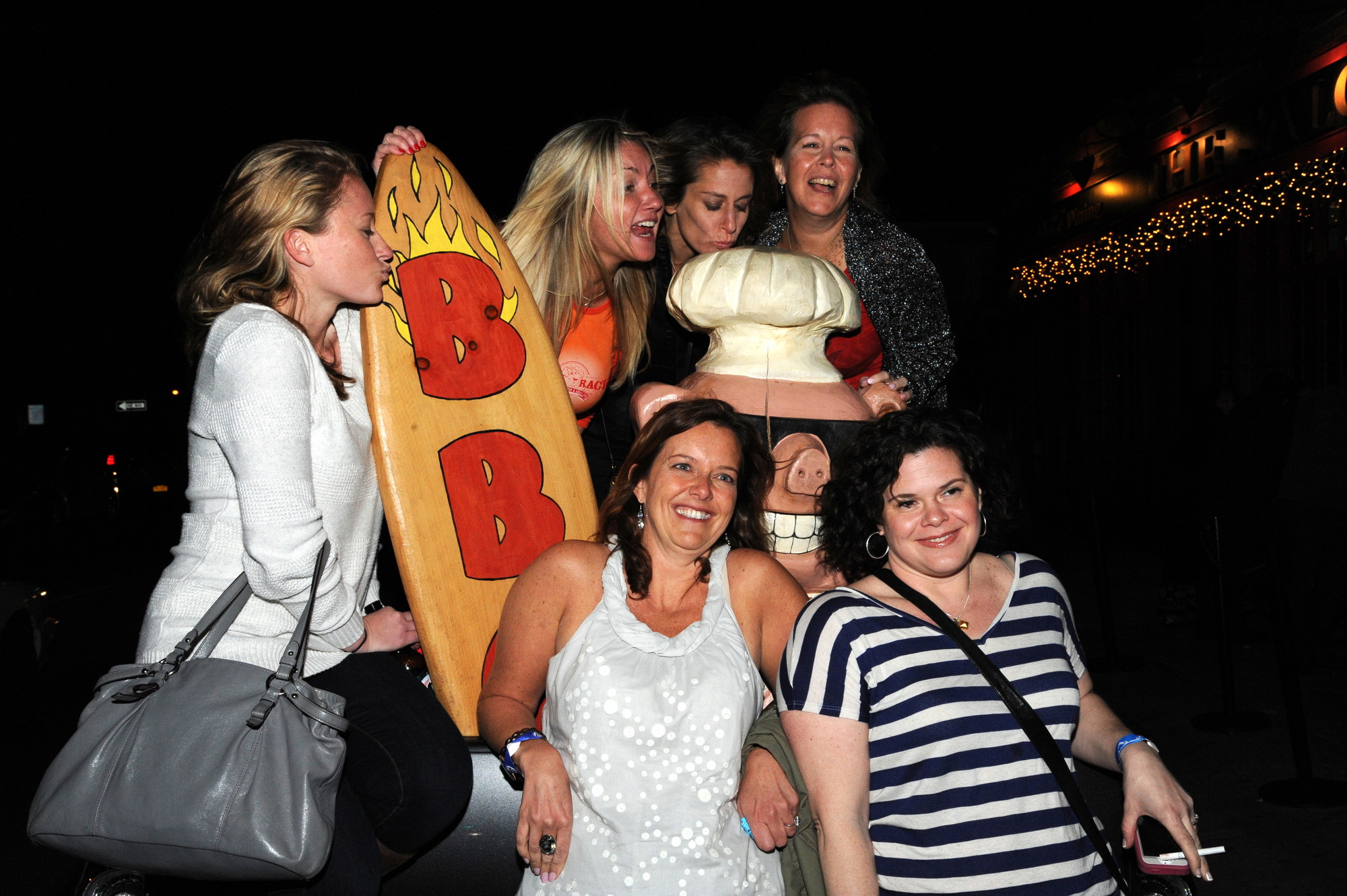 Katie Derer, Kelly Sullivan, Jennifer Burns, Marlene Hardy, Holly Handleman, and Kristina O'Neill at the April 20 fundraiser for Swingbellys.