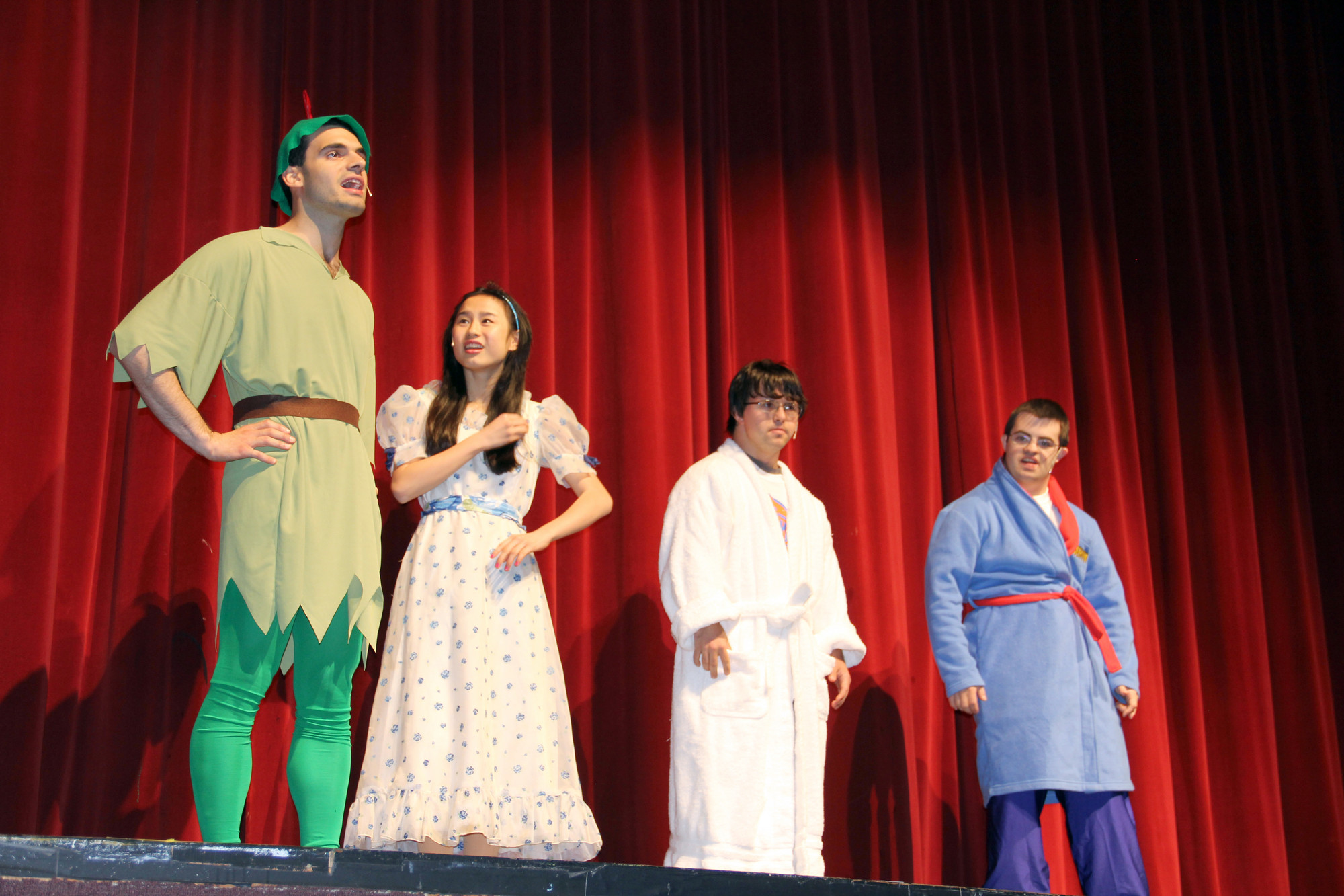 Peter Pan, John Manna with Wendy, Quitt Lysatt, and her brothers John, Thomas Esposito, and Michael, Stephen Jarosz.