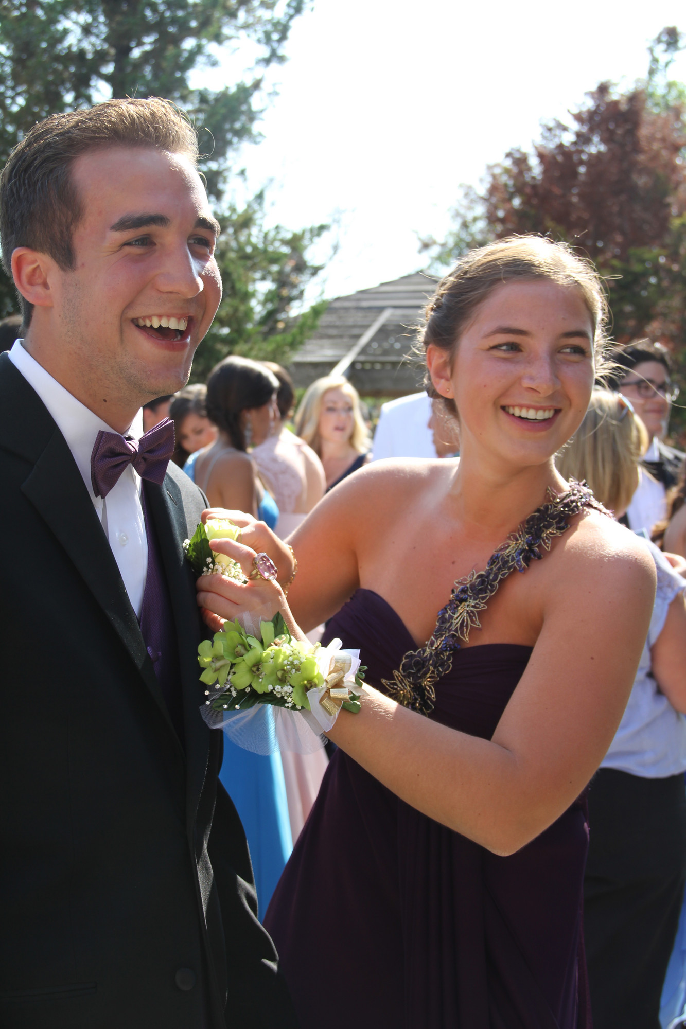 Payton McDermott pinned a boutonniere on Matt Birnbaum.