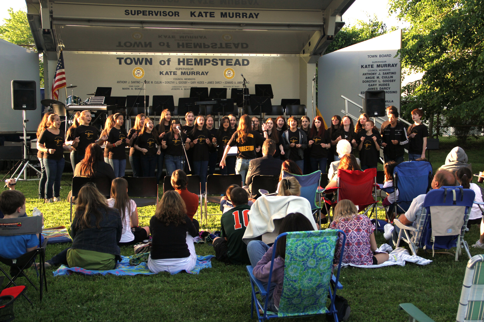 Local residents came to enjoy the Merricks Make Music concert on June 6 at the North Merrick Public Library.