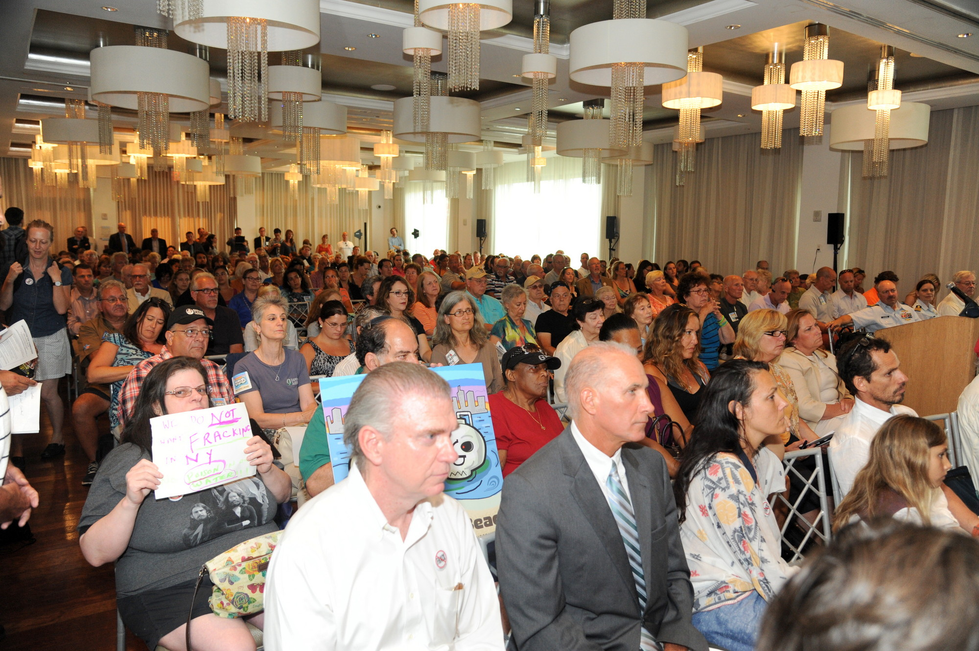 Hundreds of residents voiced their opposition to a proposed liquefied natural gas terminal at a public hearing at the Allegria Hotel on Tuesday.