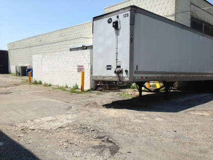The Merrick Park Home Owners Association would like Stop & Shop's loading dock moved to the west side of the supermarket, away from homes.