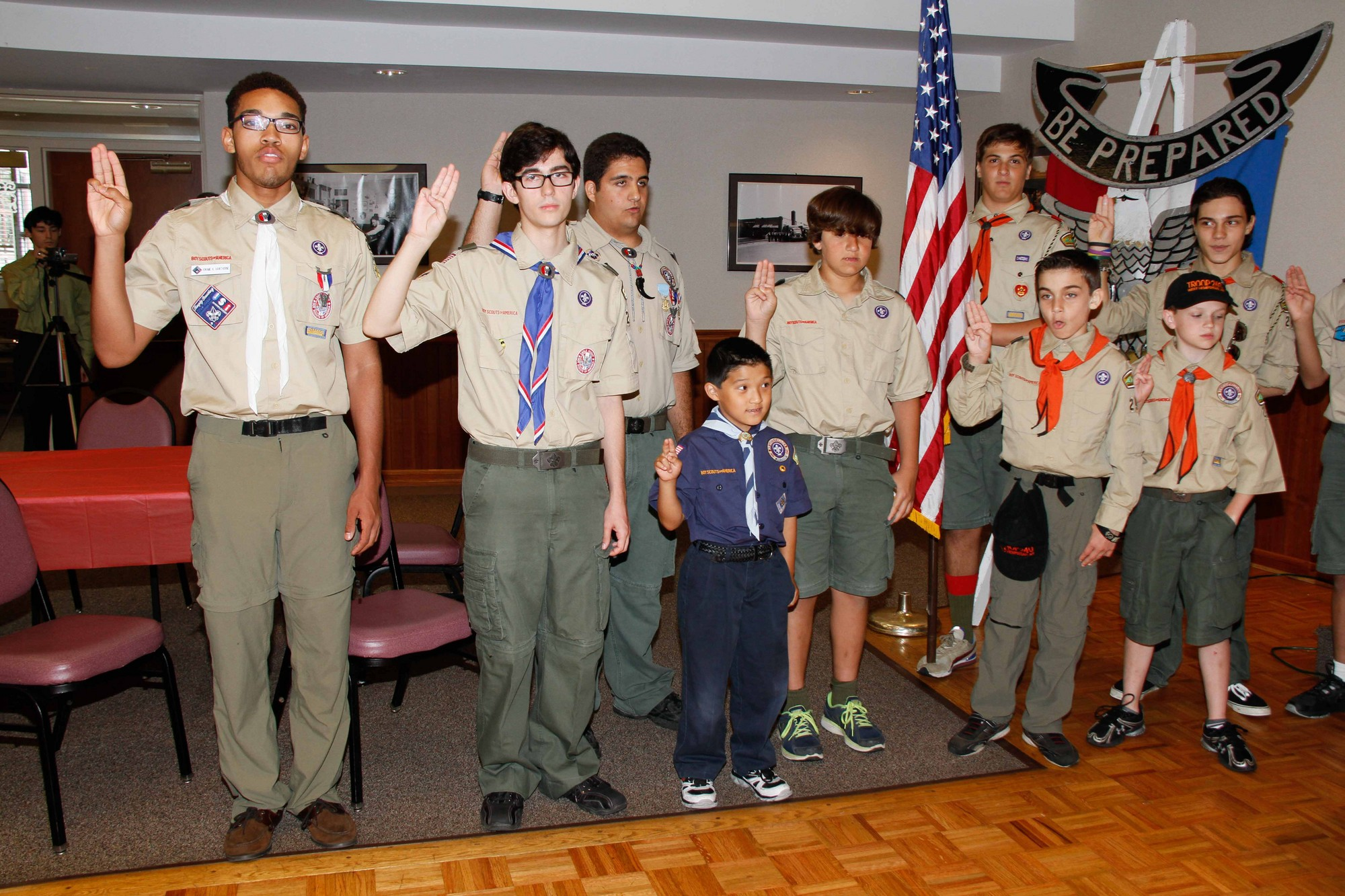 Hesselbach recites the Scout Oath alongside fellow Eagle Scouts from Troop 240.