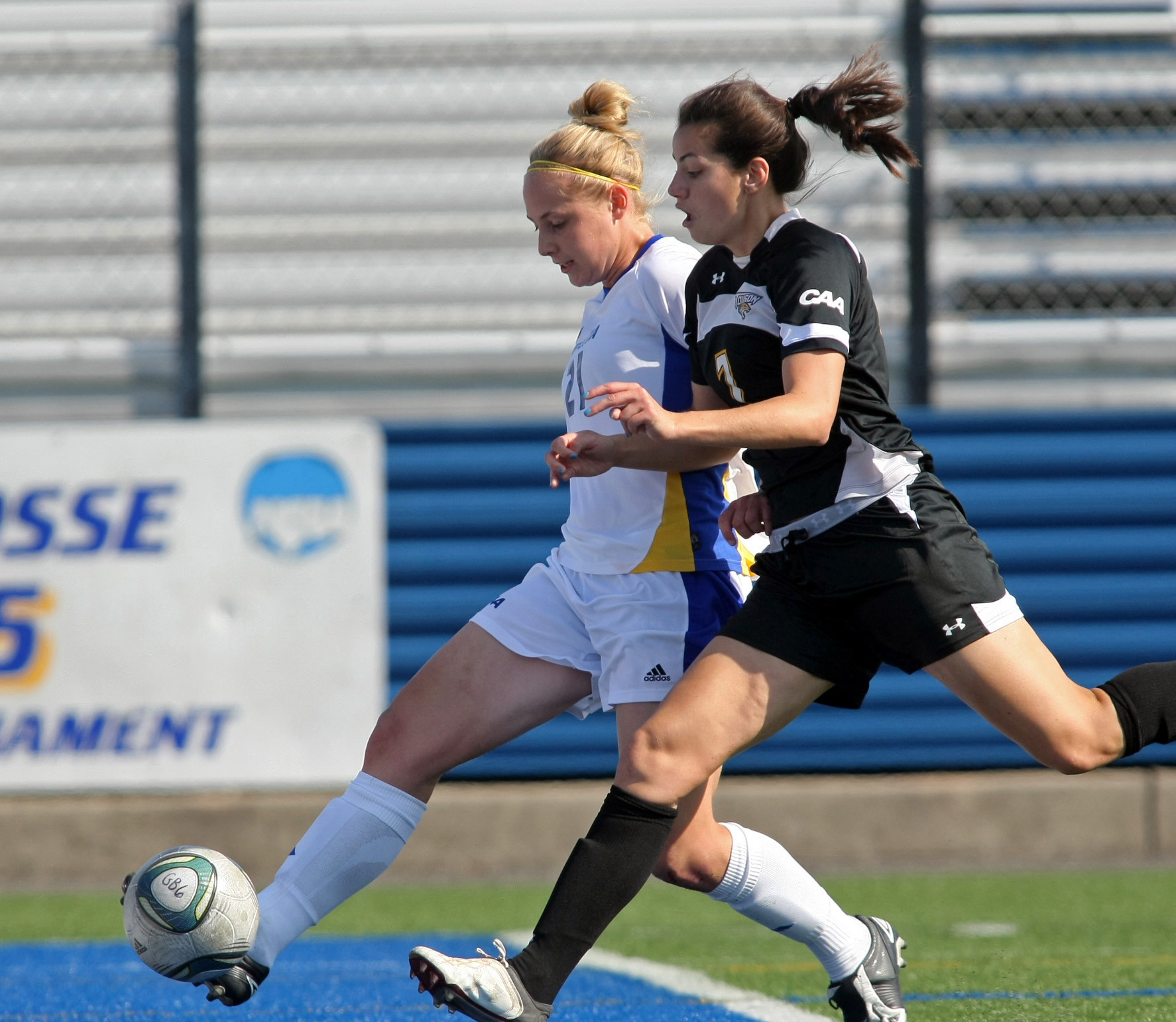 Leah Galton, left, led Hofstra in scoring last season.