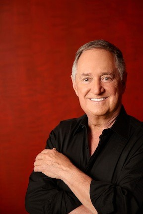 Neil Sedaka appears at Eisenhower Park's Lakeside Theatre on Saturday.