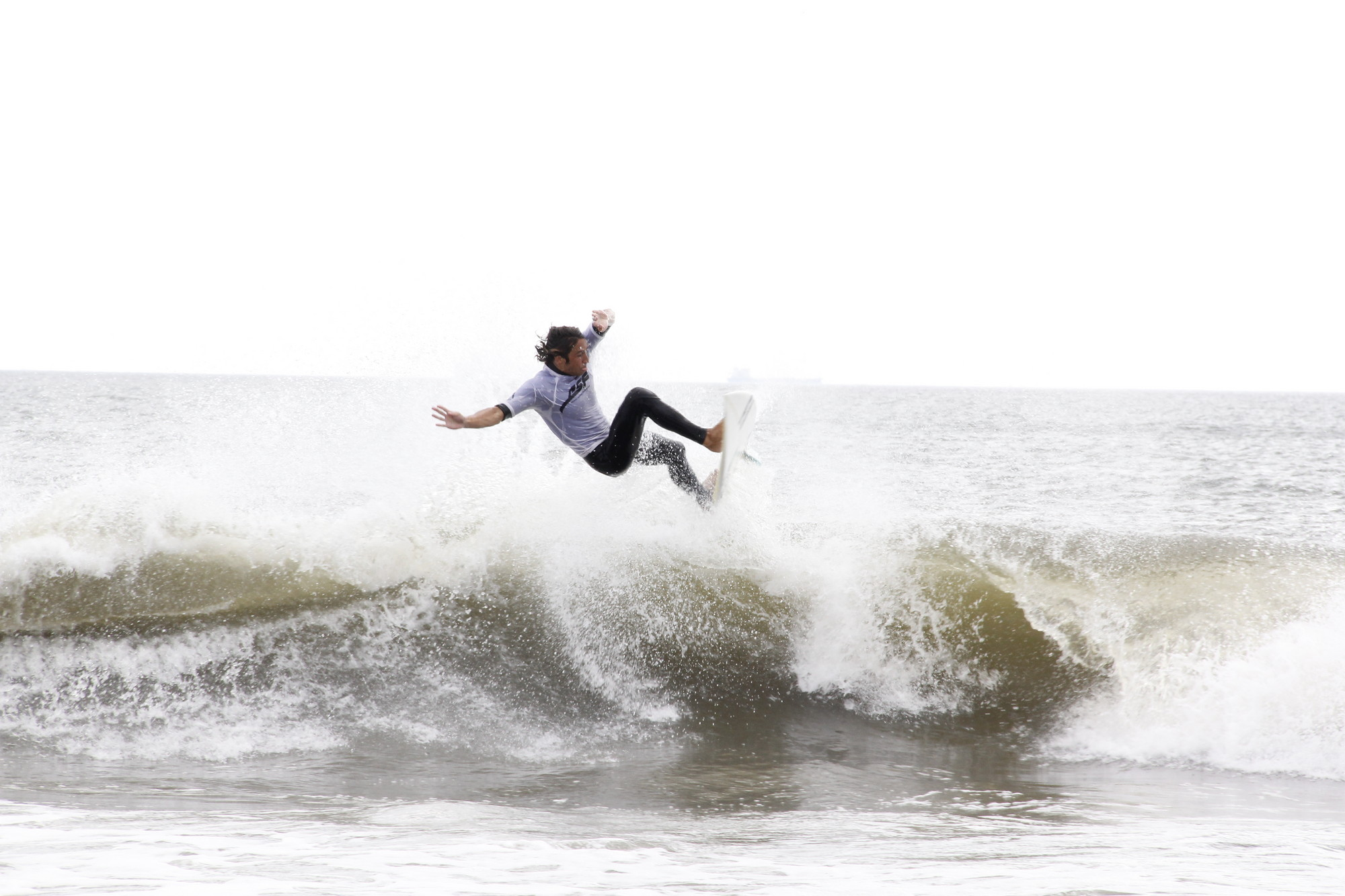Pro surfer Rob Kelly took second place in the Unsound Surf Pro contest.
