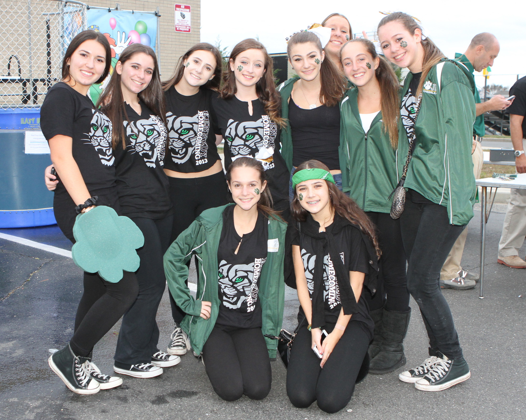Members of the freshmen class showed their Kennedy pride at their first Homecoming.