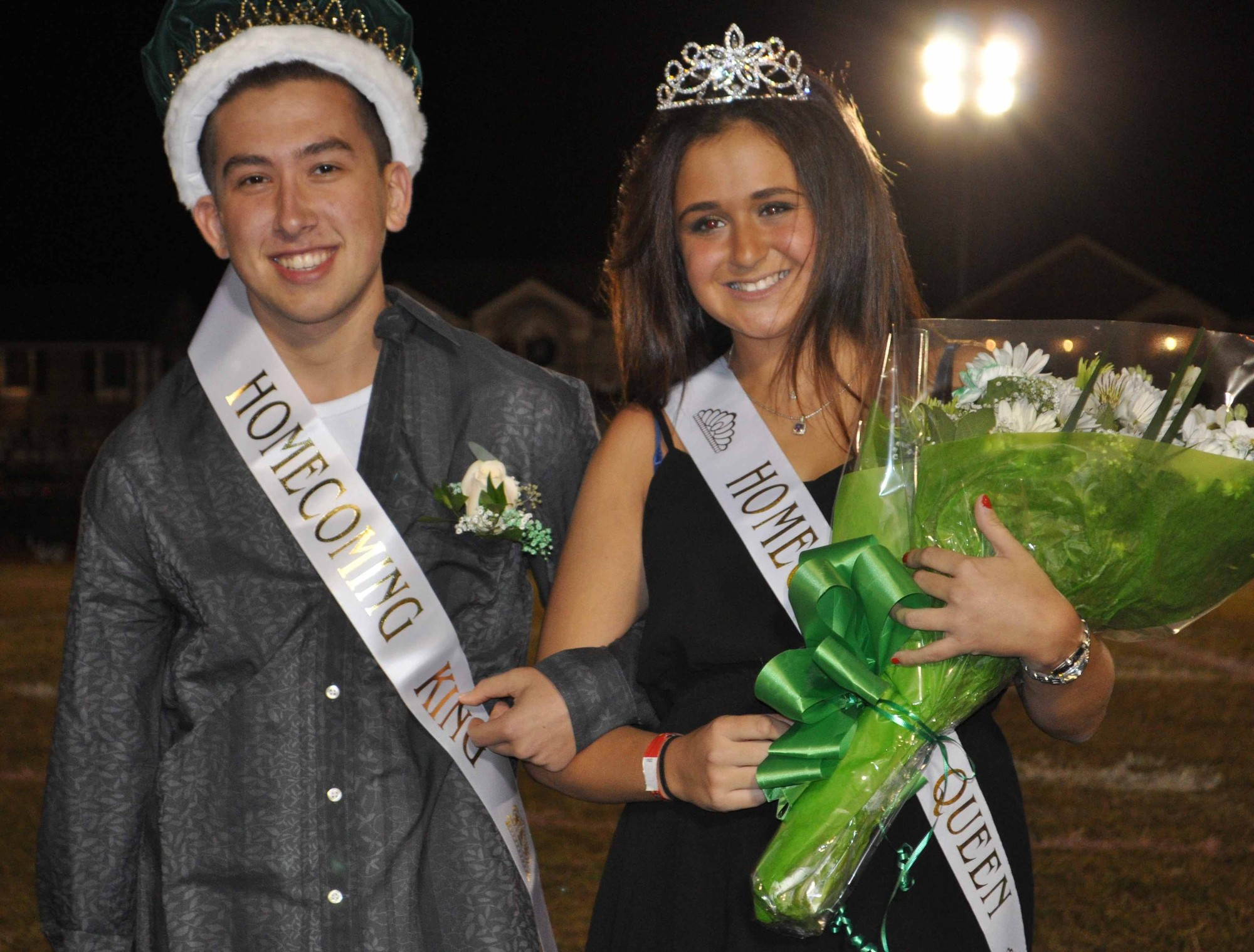 Seniors Jake Lapidot and Rachel Acampora were crowned Homecoming king and queens.