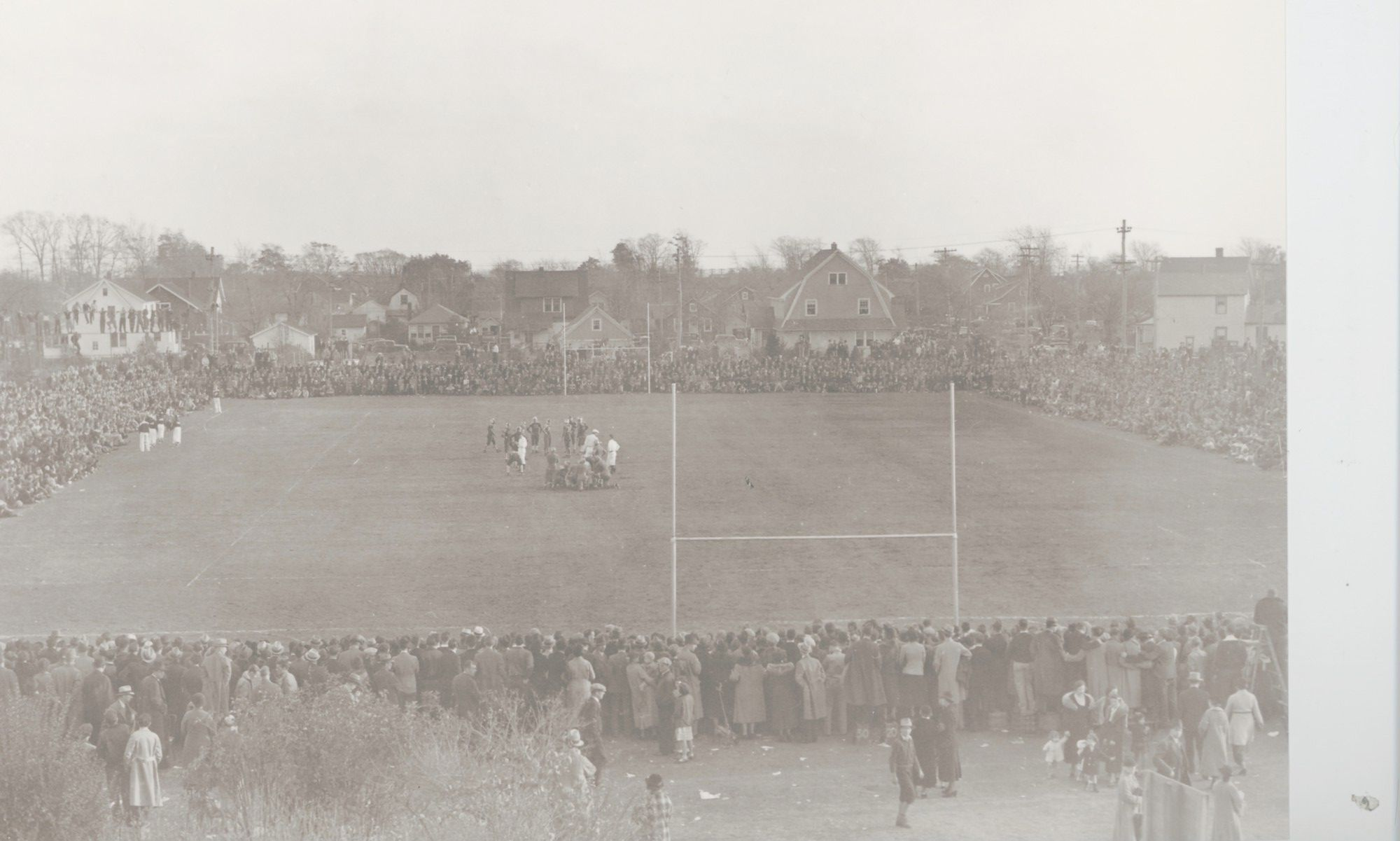 This Freeport/Baldwin game was held at the steele School in 1937