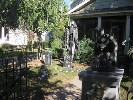 Stop 4: 129 Linden, guarded by a gaggle of ghouls and gargoyles.