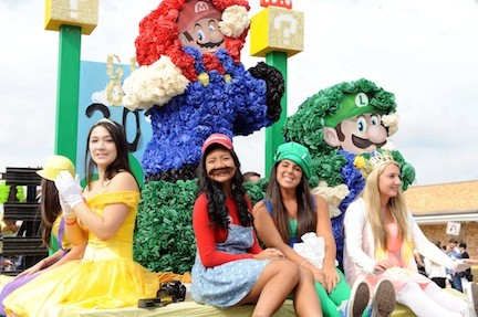 Seniors decorated their float with a Super Mario Bros. theme.
