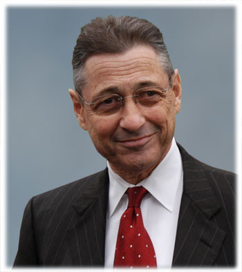 State Assembly Speaker Sheldon Silver is proposing a bill that would require the State Department of Agriculture and Markets to post all food inspection violations online.
