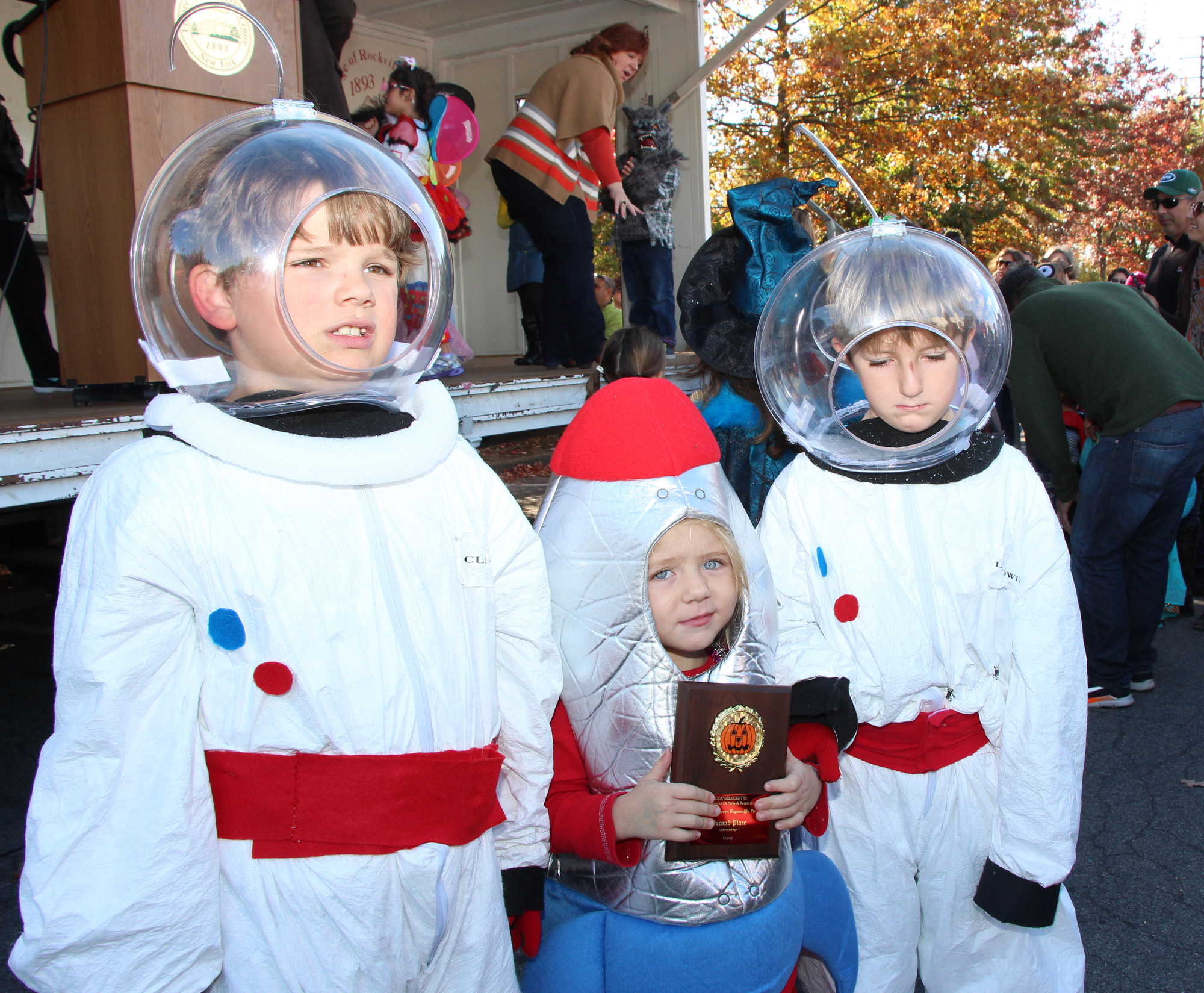 These astronauts and their little spaceship received an award for their creative costumes.
