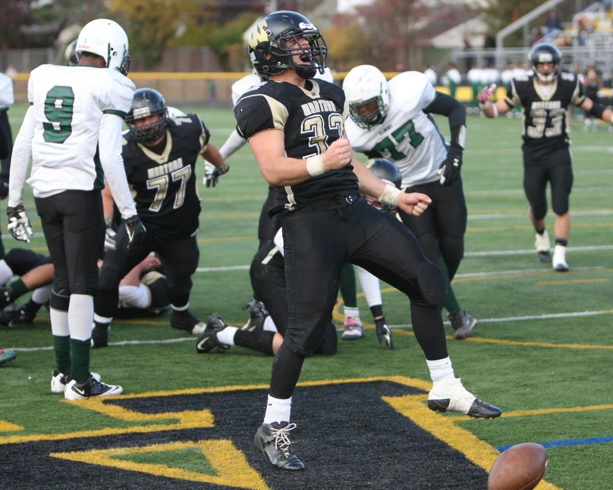 Peter Brasile and Wantagh celebrated a come-from-behind win over Elmont.