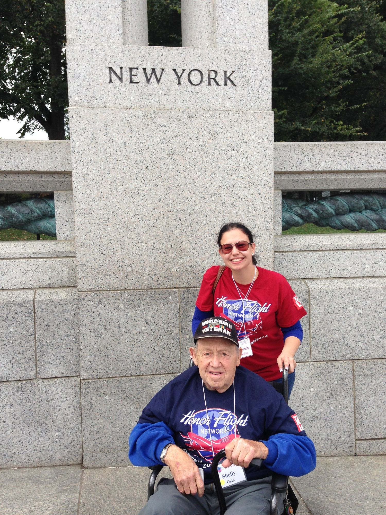 Jacqueline Rosenking, 18, with Levittown native and World War II veteran Sheldon Okin at the National World War II Memorial in Washington, D.C., during an Honor Flight trip in September.