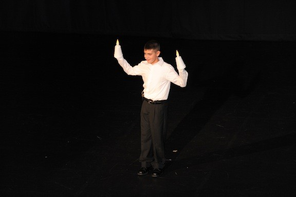 Ryan Davidoff wowed audiences as Lumiere, from Beauty and the Beast.
