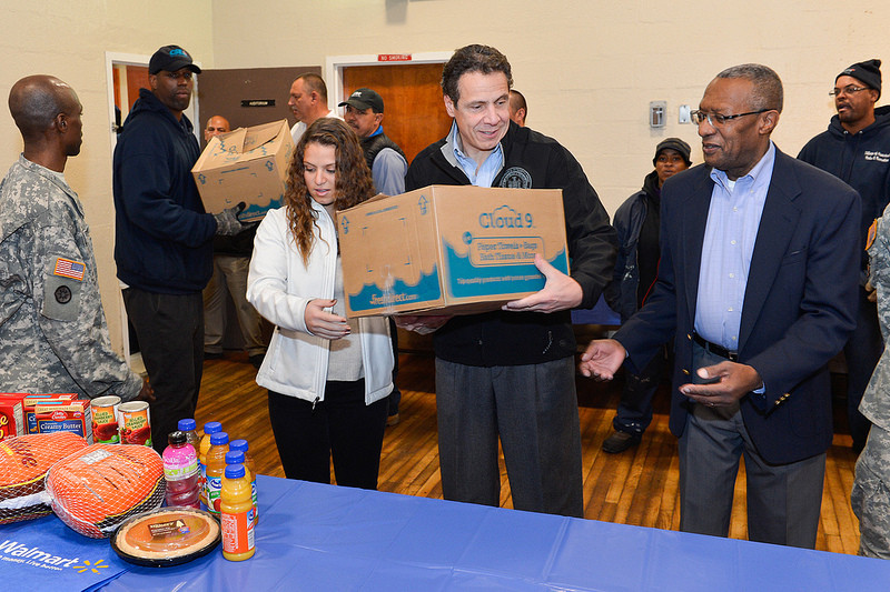 New York State Gov. Andrew Cuomo delivered canned goods to the Kennedy Memorial Park Community Room in Hempstead on Nov. 27.