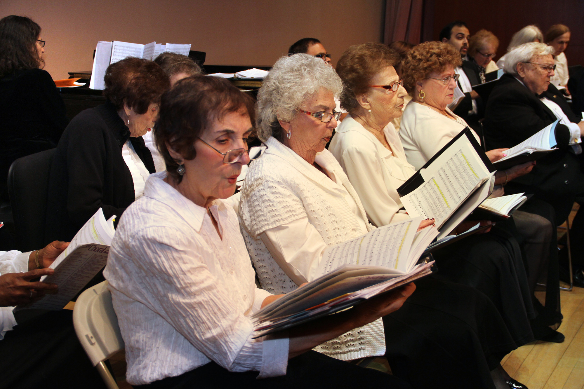 The Hewlett-Woodmere Public Library hosted the  United Choral Society's 71st annual winter concert.
