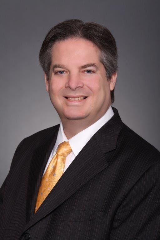 Experienced real estate lawyer Garrett Gray was named to serve on the Nassau County Rent Guidelines Board.