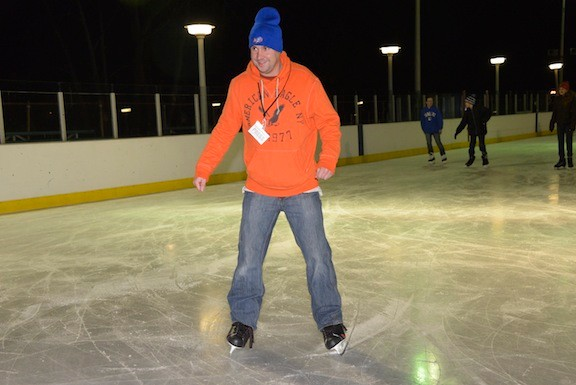 Herald editor Andrew Hackmack hit the ice with Valley Stream residents on Dec. 26.