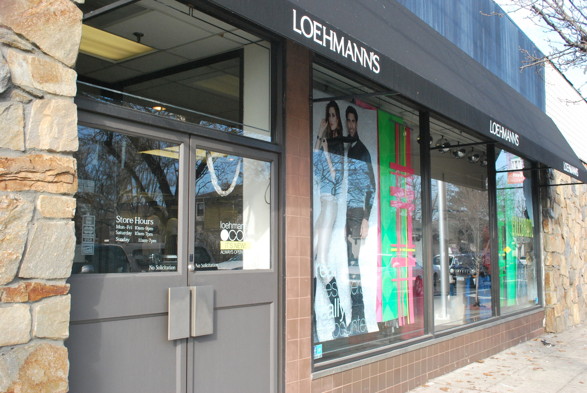 "The Loehmann's store in Hewlett is one of 40 that will be closed as a ""going out of business sale"" is conducted for the bankrupt retailer."