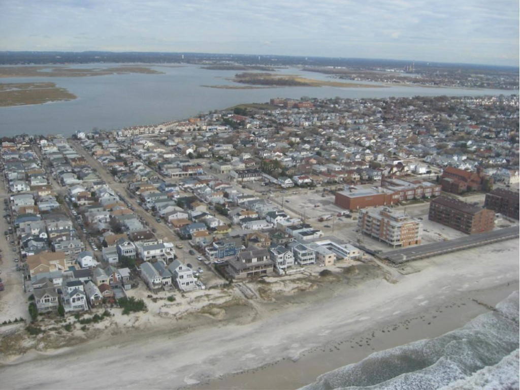 The Army Corps of Engineers will hold a public meeting Thursday at City Hall from 6-8 p.m. to discuss a coastal protection project for the barrier island.