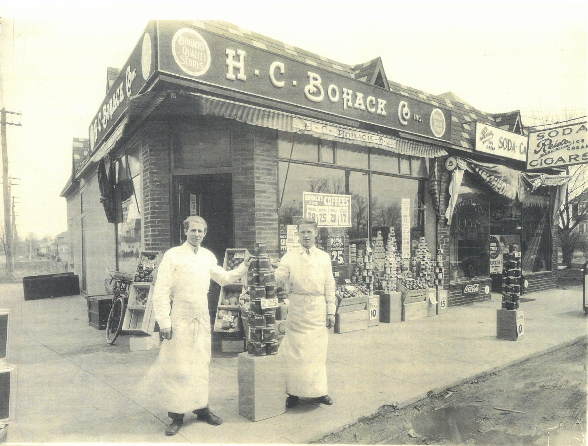Through StoryCorps, Bellmorites are sharing their memories of Bellmore, including the shops on Bedford Avenue like Bohack's, pictured above in 1939.