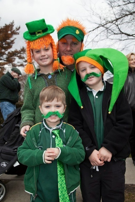 Brigid, Cian, Eadin, and father Brian McElderry at last year's Rockville Centre St. Patricks Day parade.