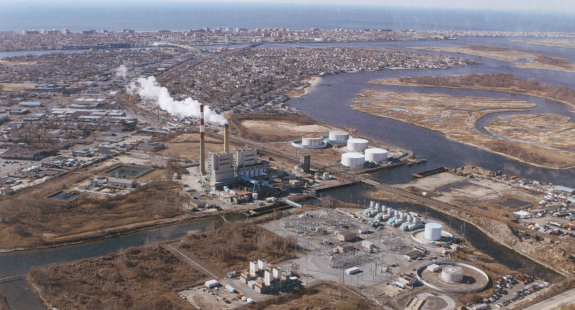 The E.F. Barrett Power Station juxtaposed with the proposed Island Park Energy Center.