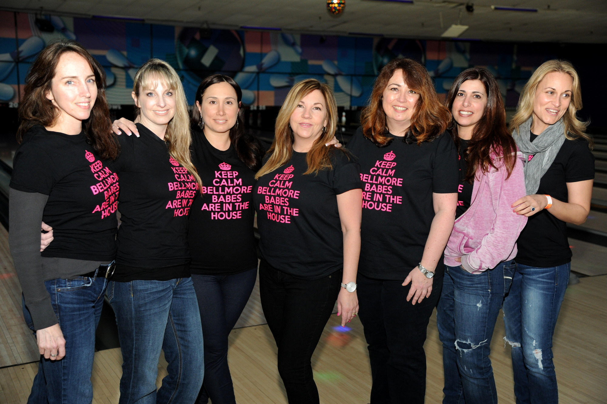 Bellmore moms Jodi Bergman, Barbara Schneider, Carmela Ciminera, Lisa DellaCroce, Christine Fischetti, Maryann Castaro and Melissa Mannetta made shirts for the friendly competition.